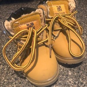 Other - Toddler boys boots